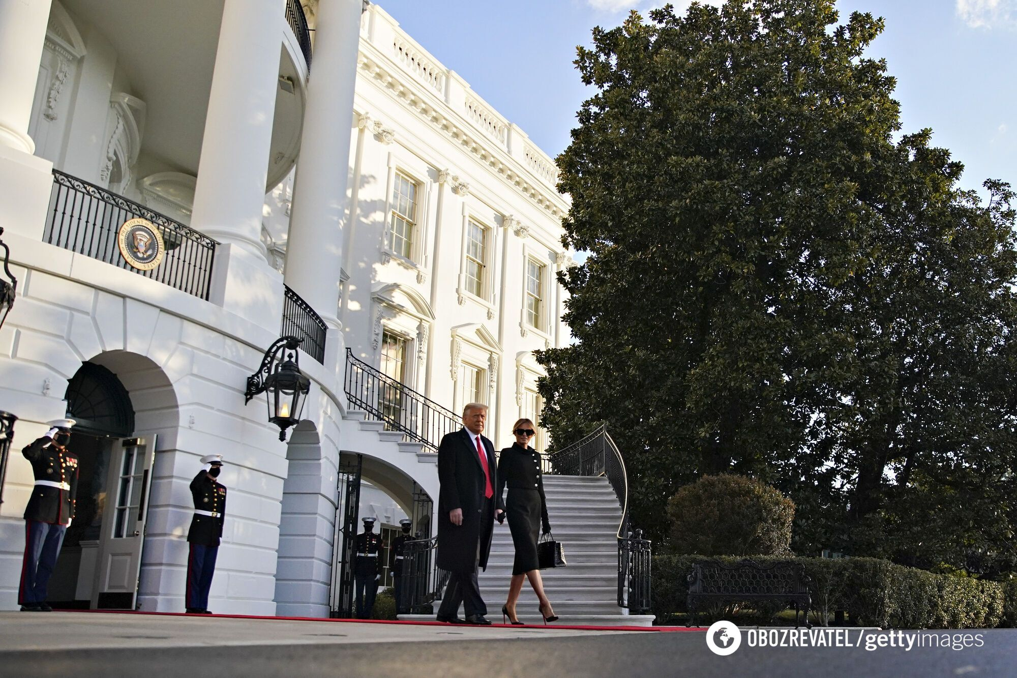 Дональд Трамп и Мелания покинули Белый дом