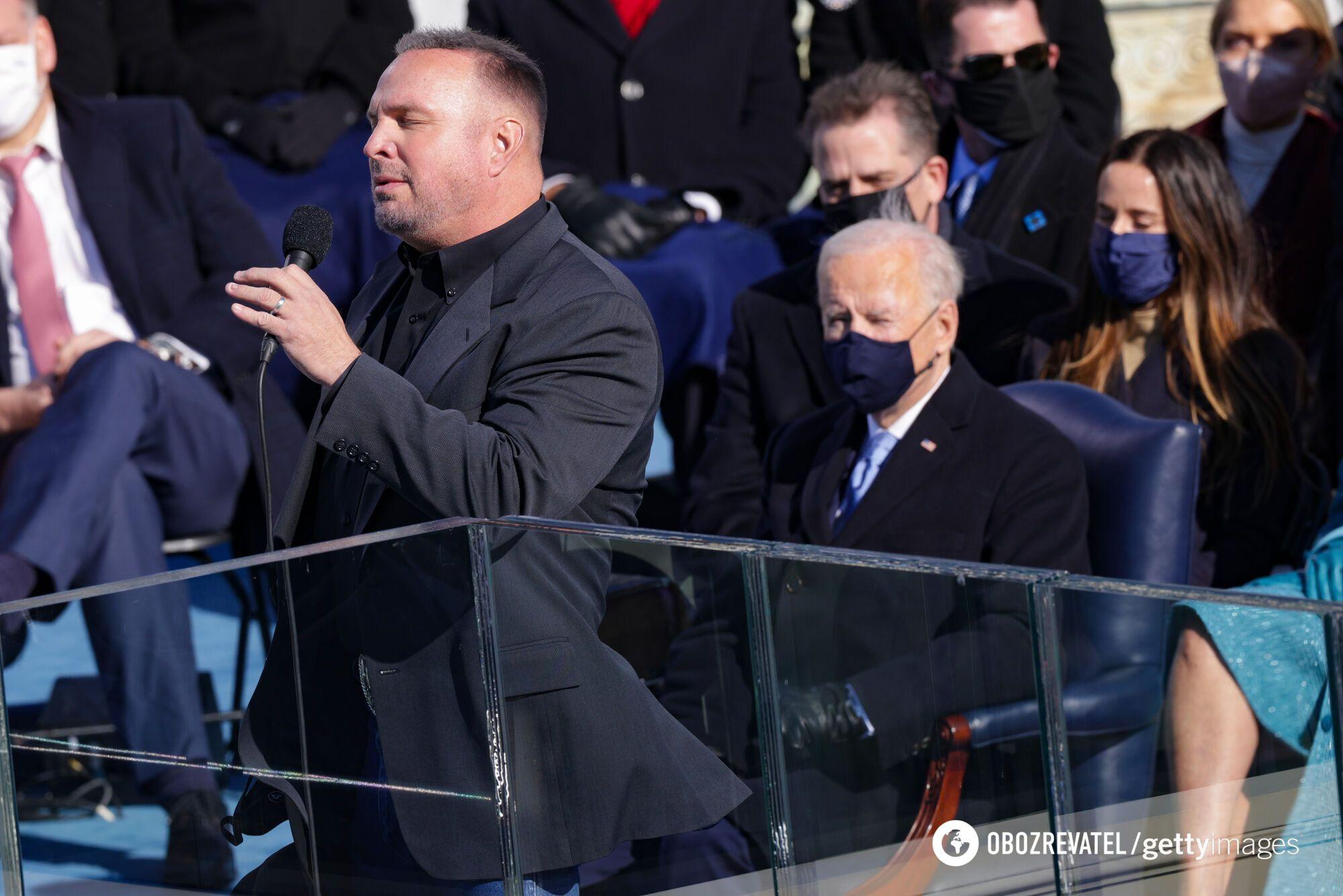 Как выглядел Гарт Брукс на инаугурации Байдена