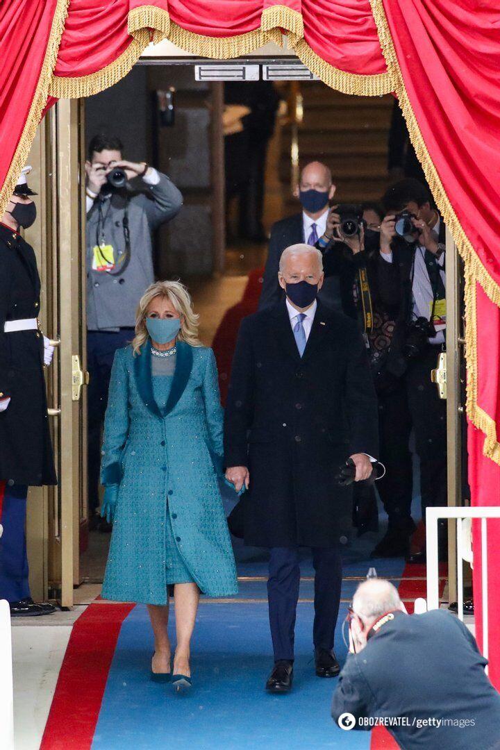 Джо Байден на инаугурации со своей супругой