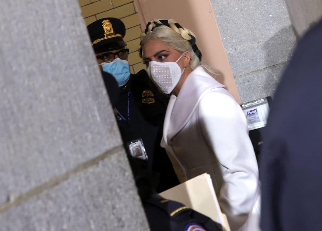 Леди Гага готовится исполнить национальный гимн США