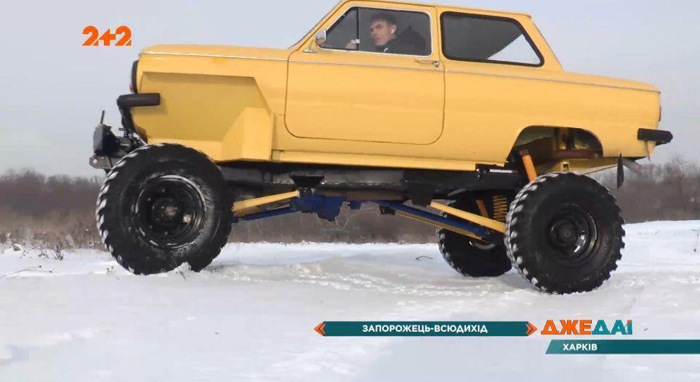 Під капотом машини коштує двигун на 2,5 літри, а крутний момент передається на всі колеса