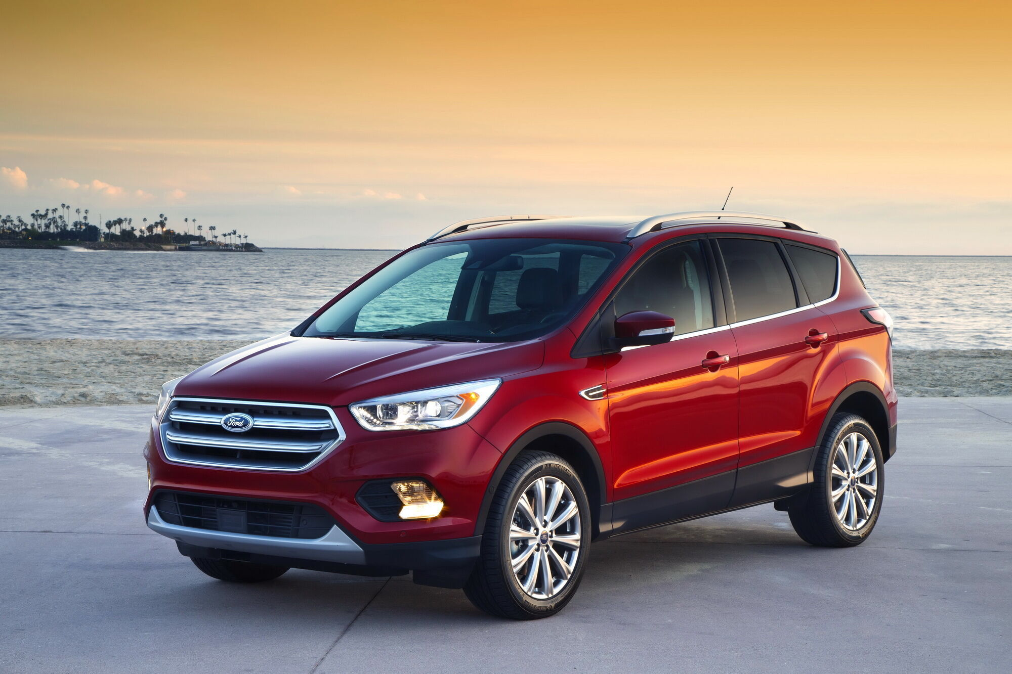 У категорії кросоверів покупці віддають перевагу Ford Escape