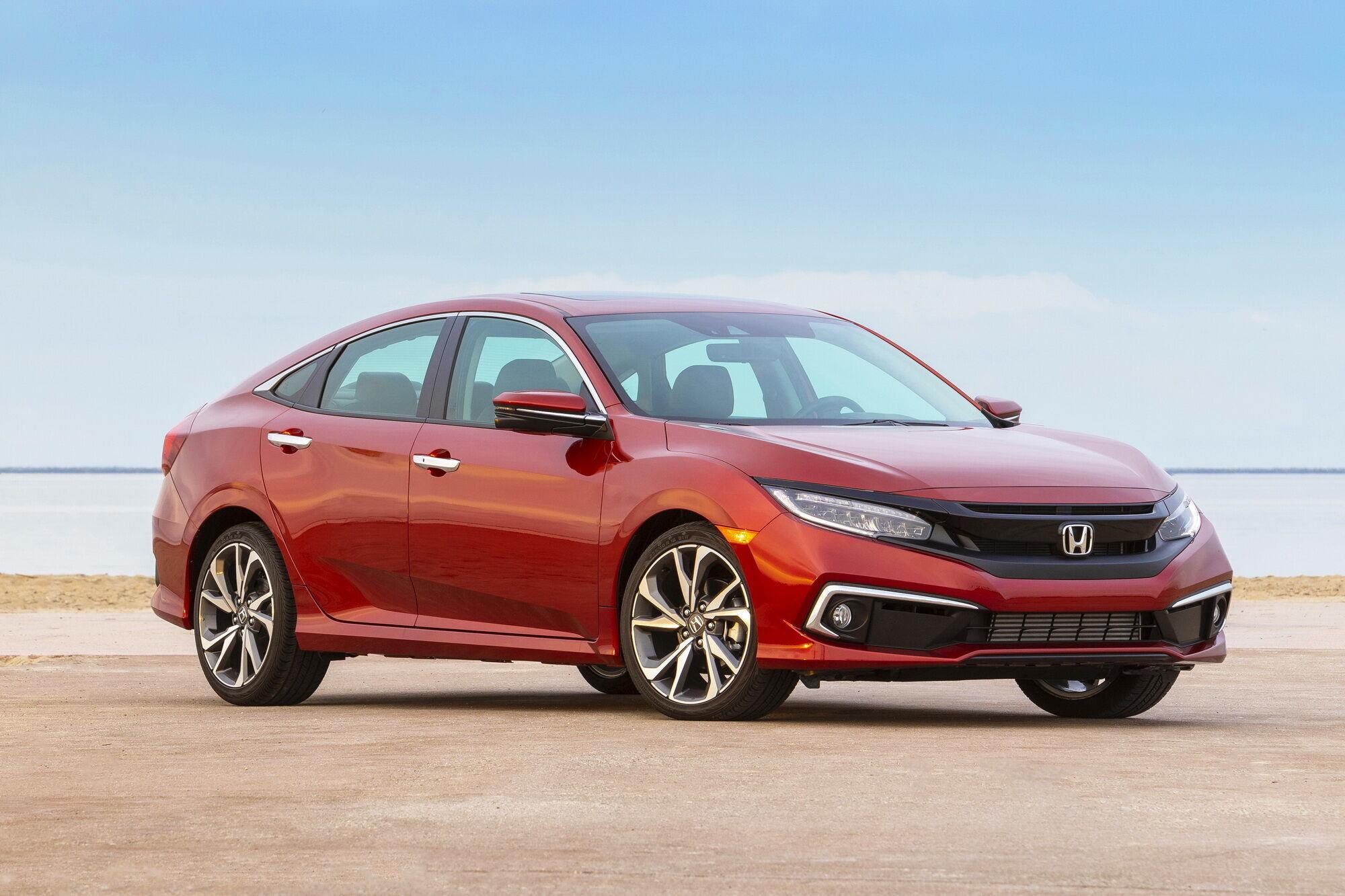 Honda Civic є лідером продажів серед легкових автомобілів