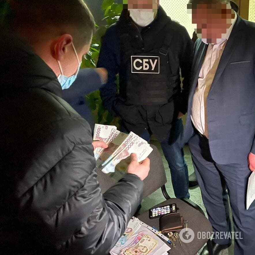 Директора департамента здравоохранения ЖОГА задержали на взятке