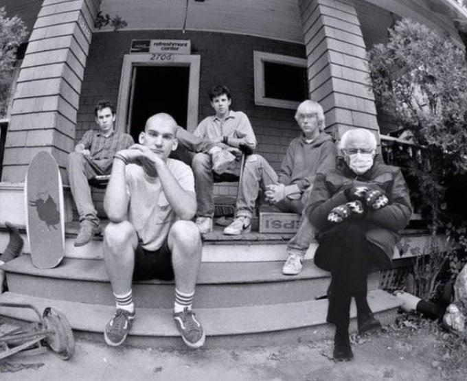 Сандерс с участниками американской хардкор-панк группы Minor Threat