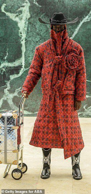 Louis Vuitton представил коллекцию пальто