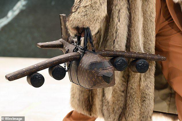Необычные сумки от Louis Vuitton