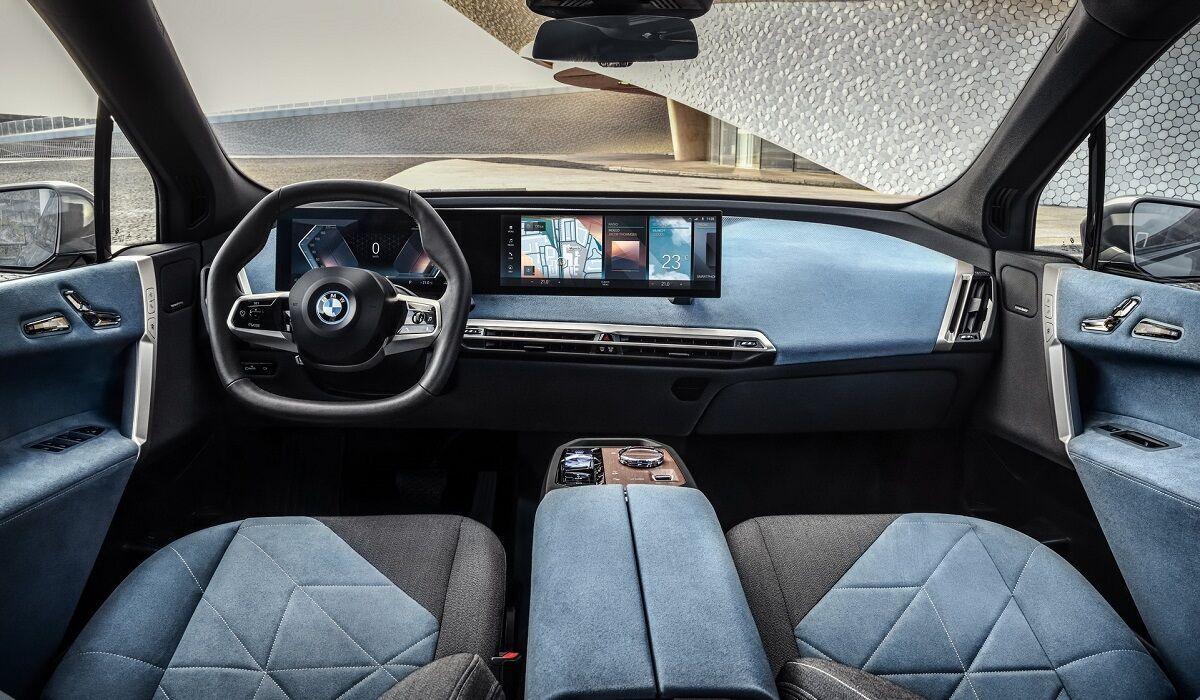 BMW iX продемонстрував один із найбільш незвичайних автомобільних інтер'єрів