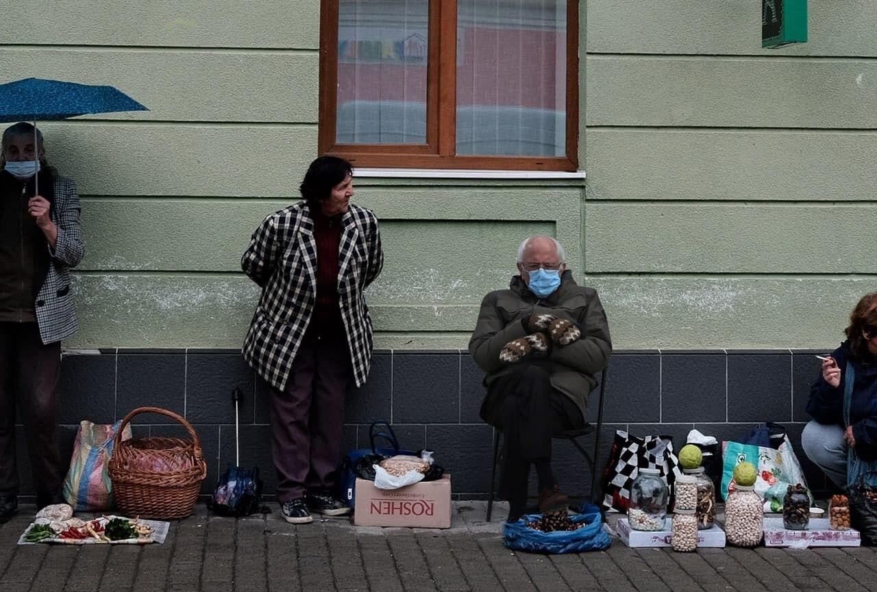 Сандерс на украинской улице