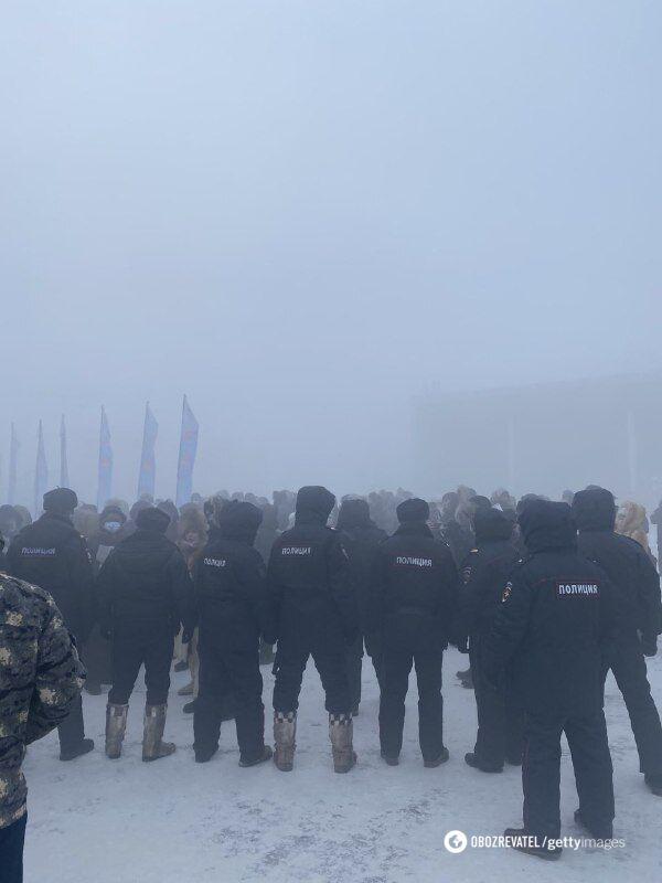 Силовики на акції протест в Якутську