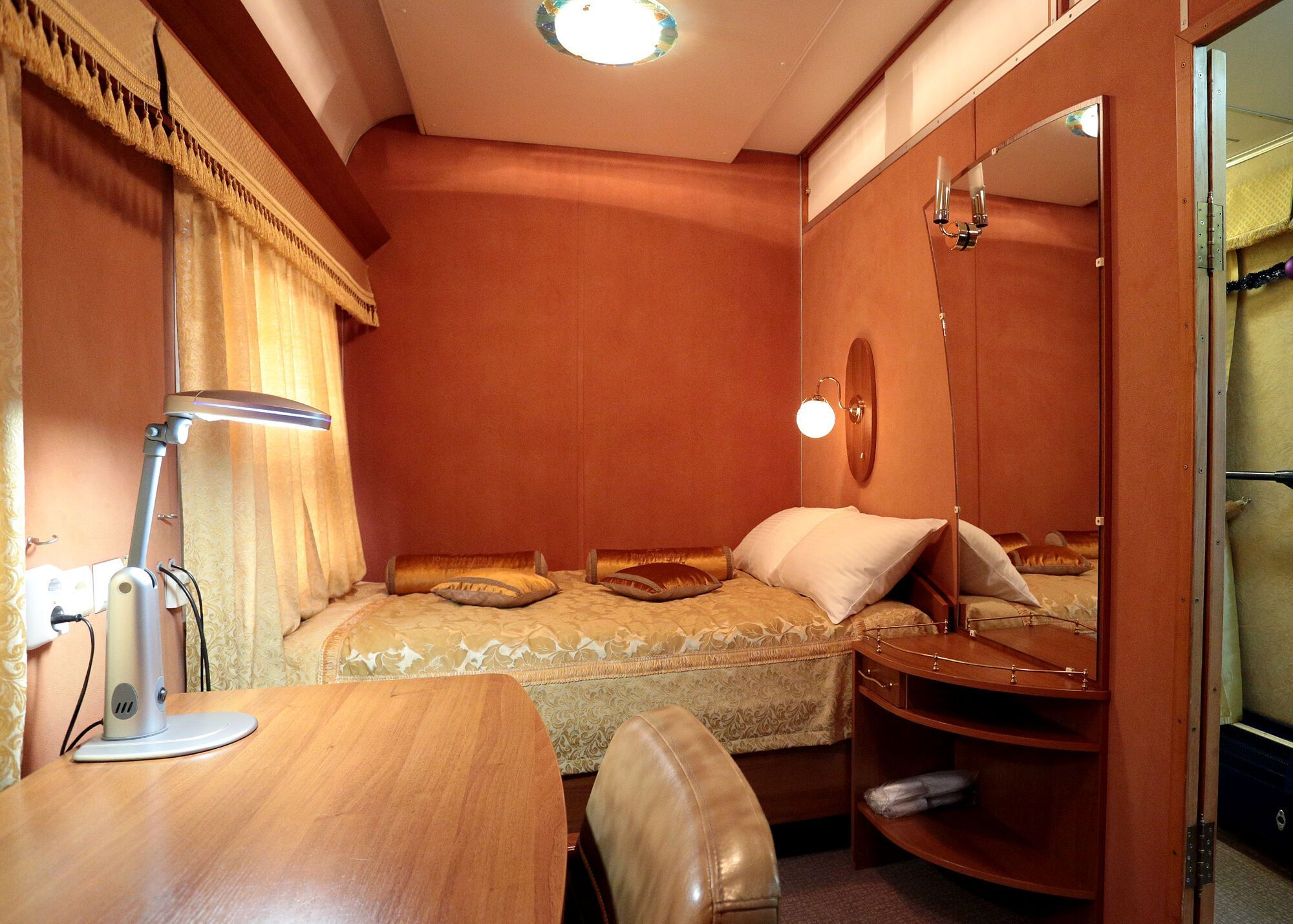 Спальня у вагоні