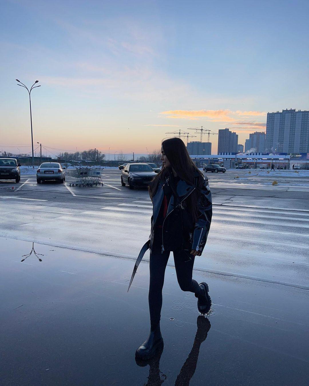 Ксения Мишина рассказала о семейном насилии и сложных отношениях.
