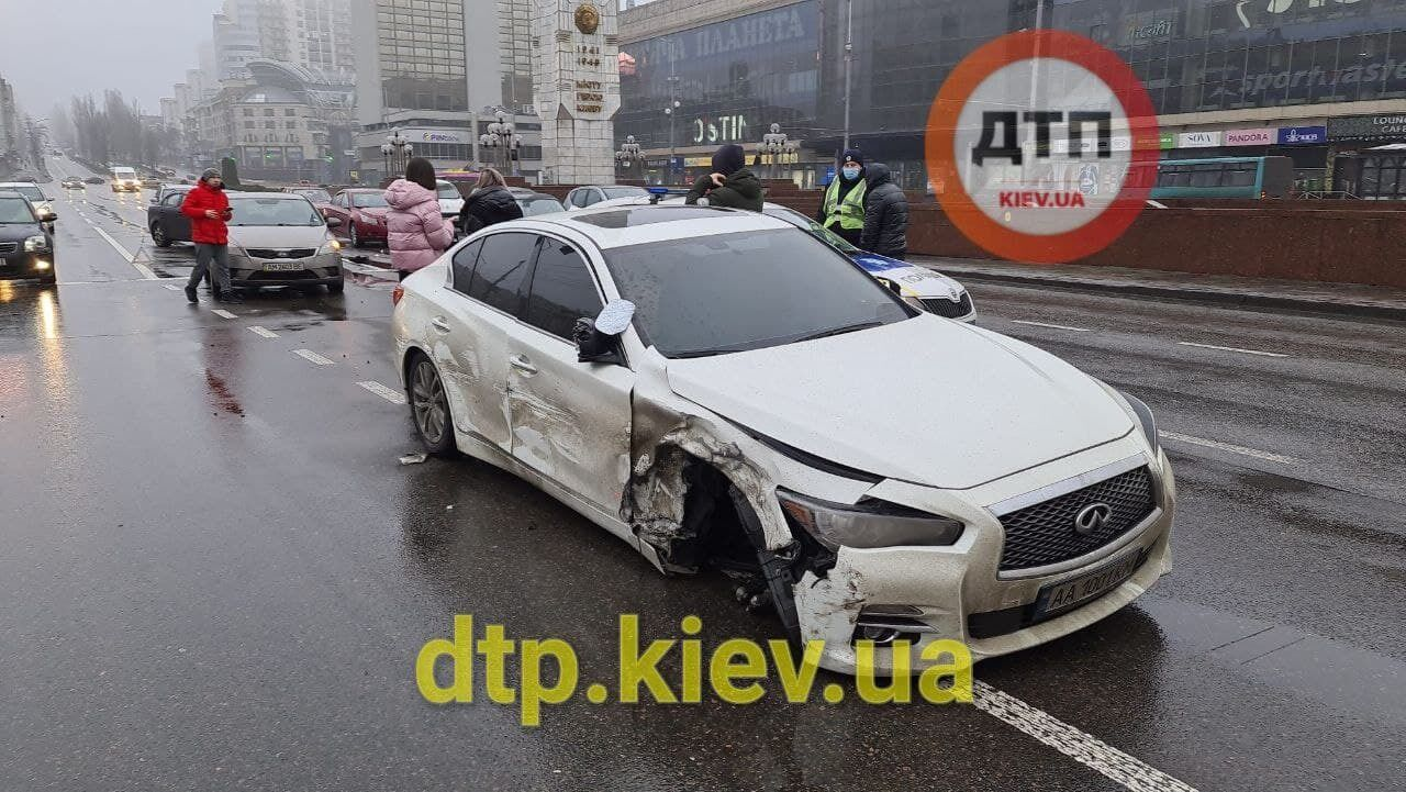 Аварию спровоцировал водитель Infiniti