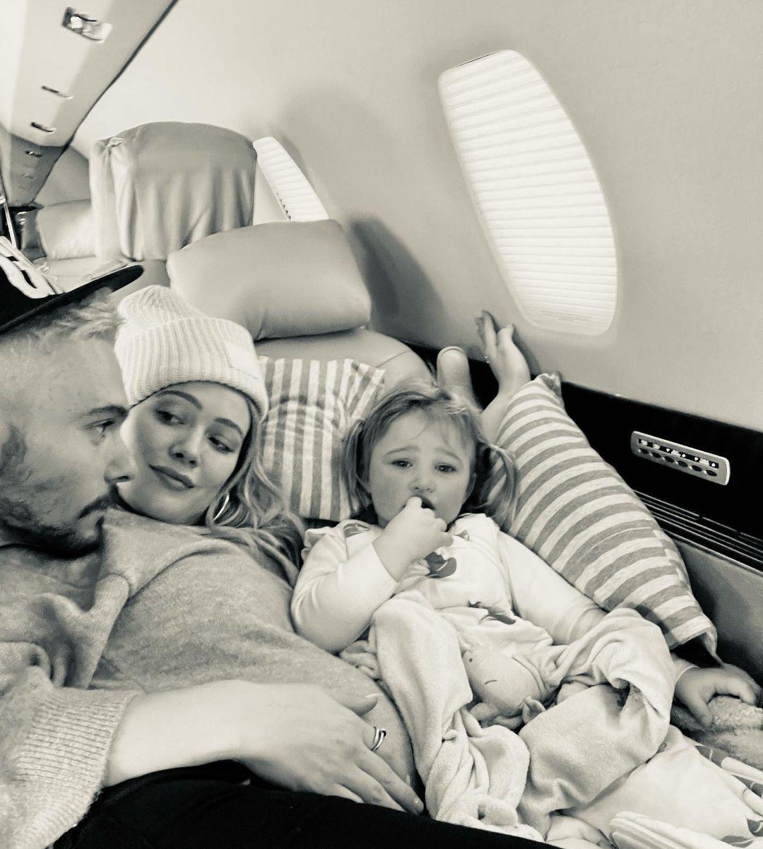 Хілларі Дафф із чоловіком і донькою Бенкс