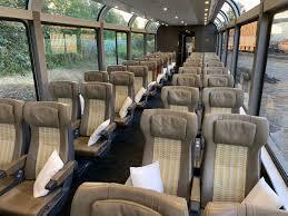 Как выглядит внутри поезд Rocky Mountaineer