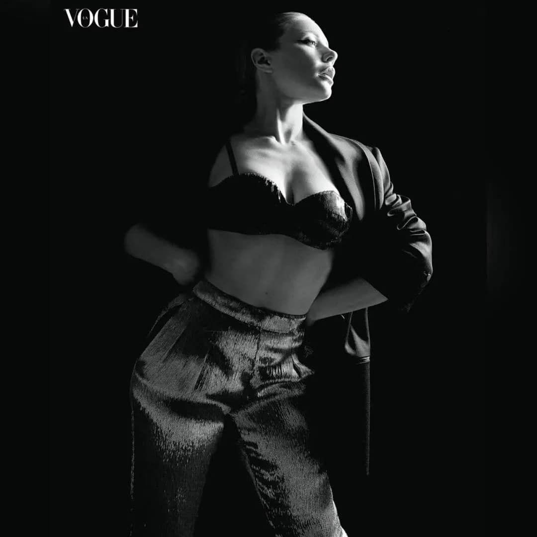 Певица снялась в сексуальной фотосессии для Vogue