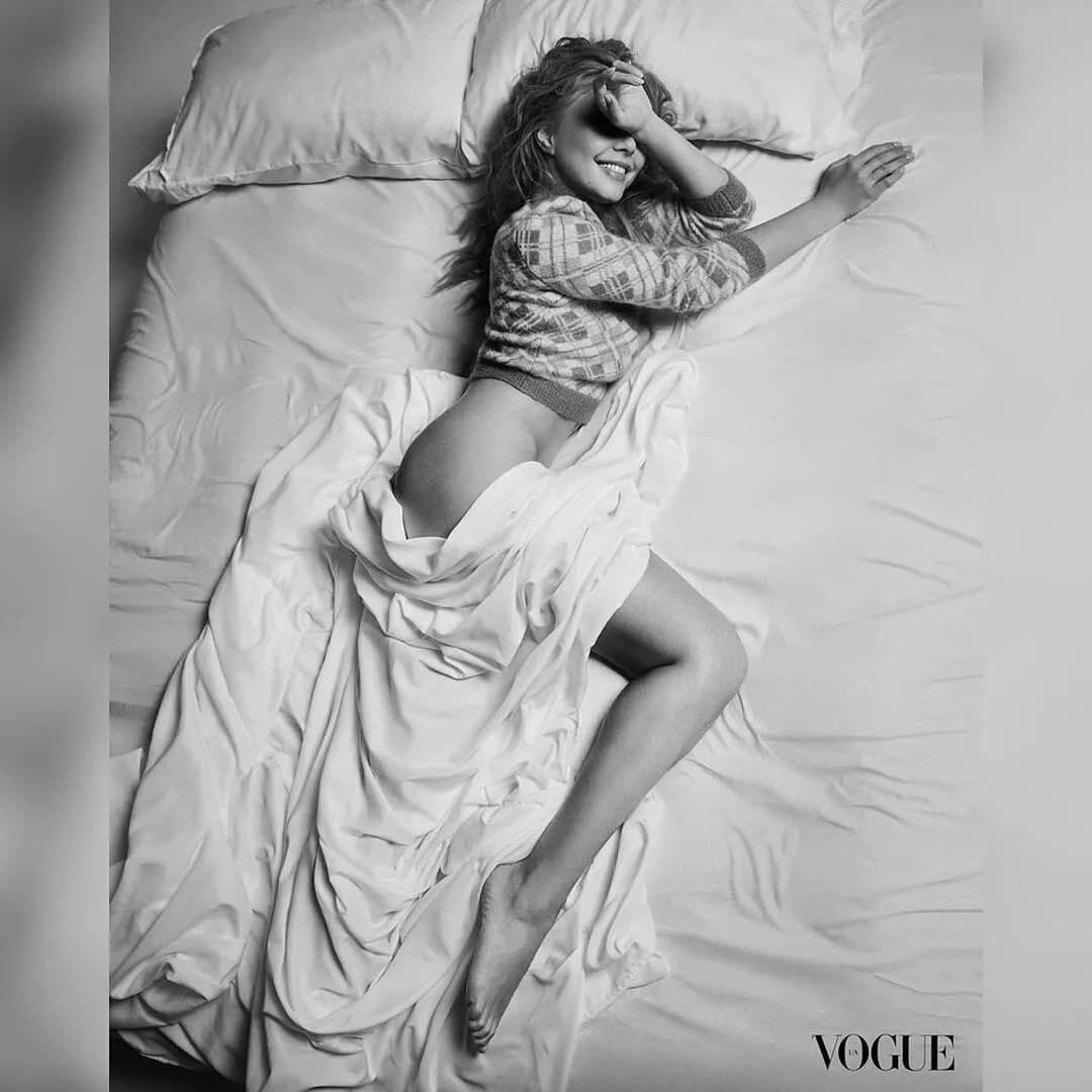 Кароль снялась полуобнаженной для Vogue