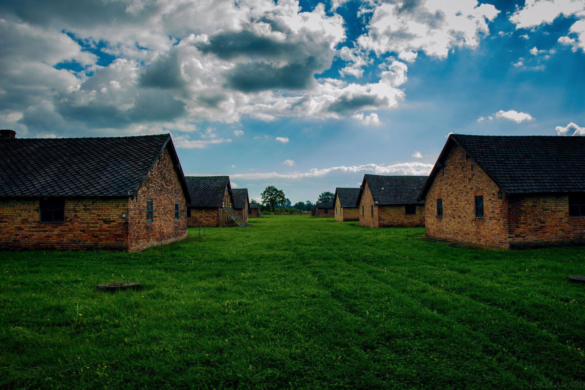 Збережені бараки Освенцима