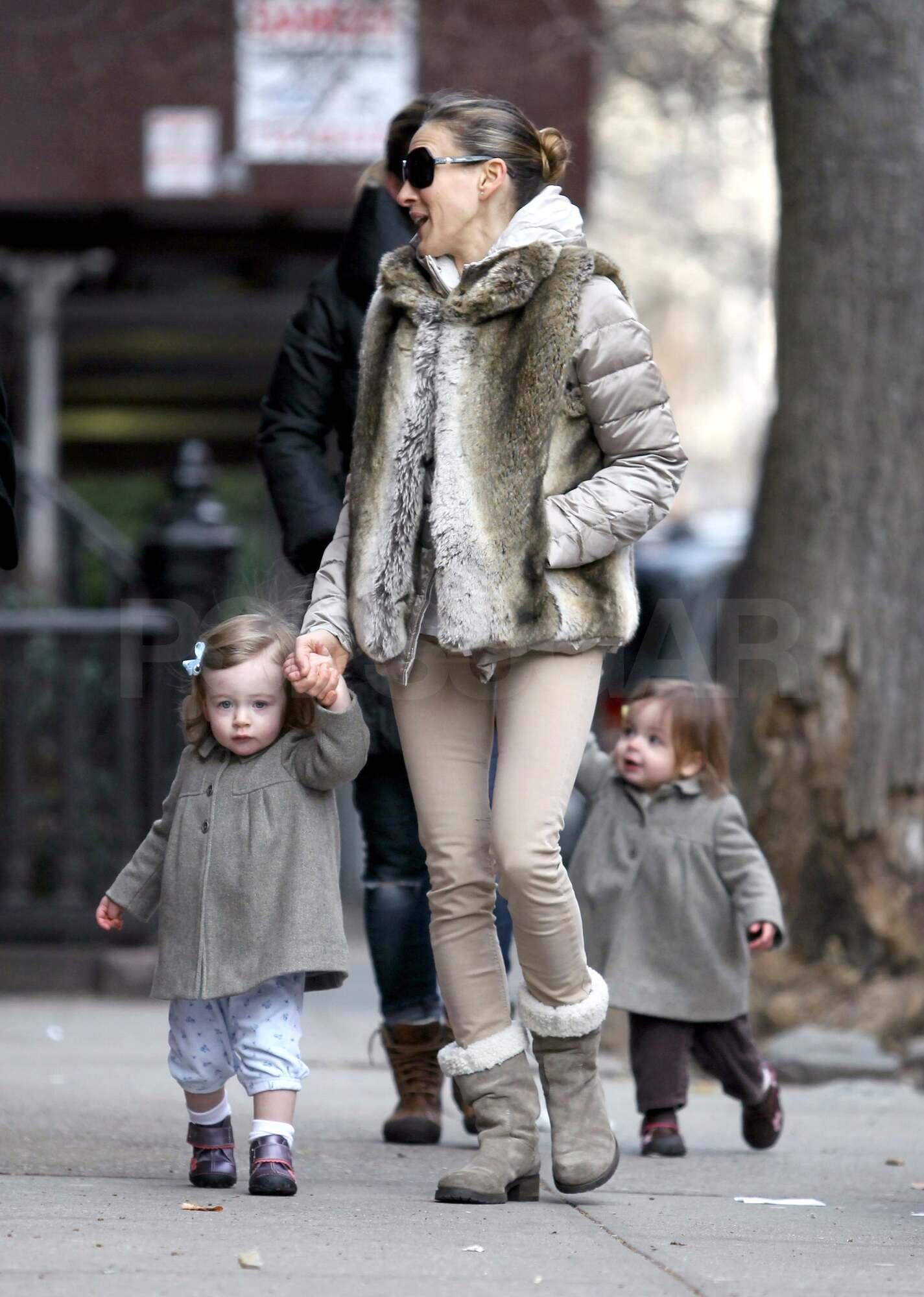 Сара Джессика Паркер с маленькими Мэрион и Табитой.