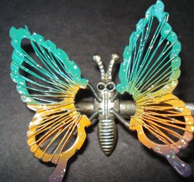 """Заколка-""""метелик"""" для волосся"""