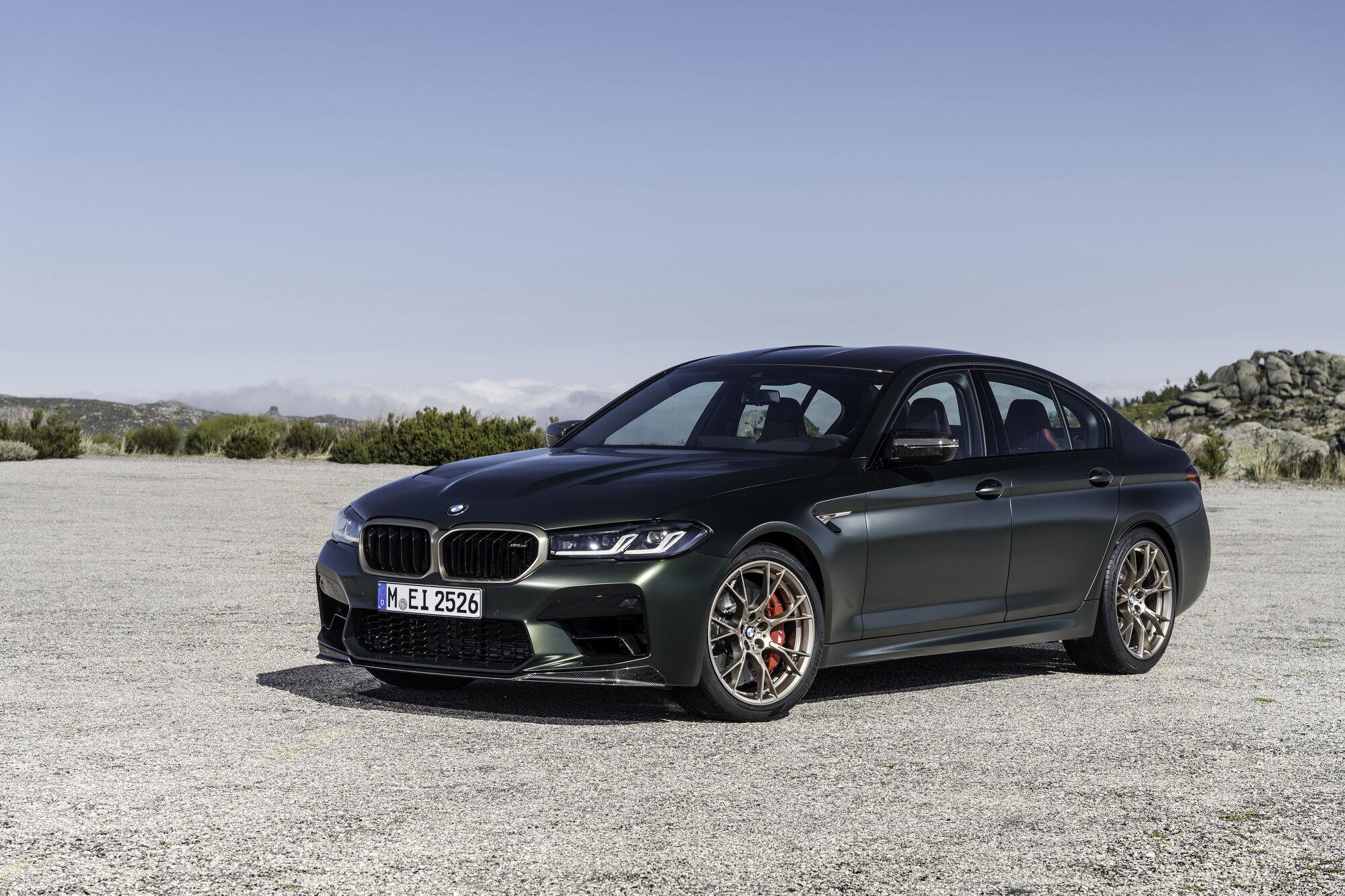 На спринт от 0 до 100 км/ч BMW M5 CS требуется всего 3 секунды