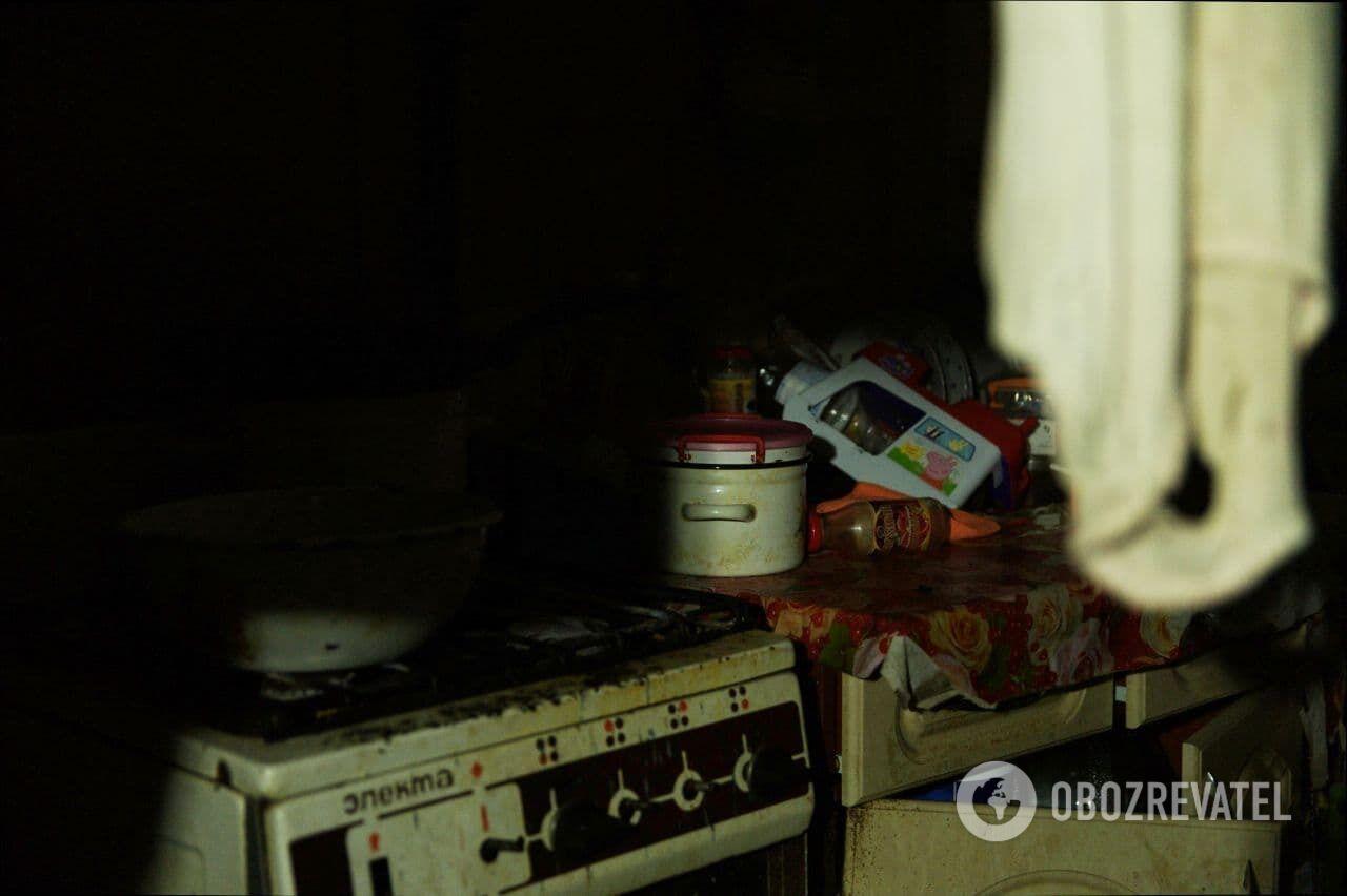 В квартире в Харькове, где жило трое детей, царит беспорядок.