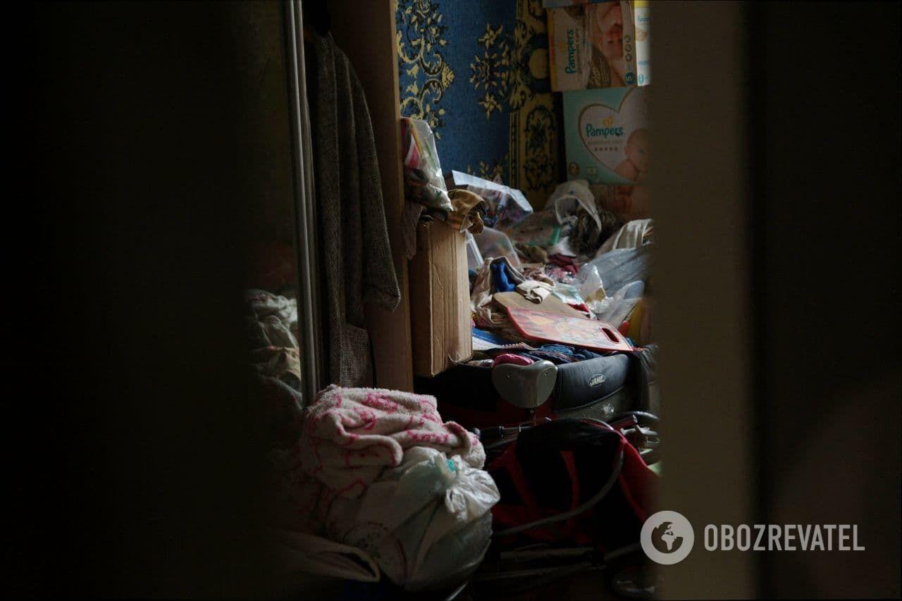 Владельцы квартиры в Харькове сносили туда с улицы весь мусор.