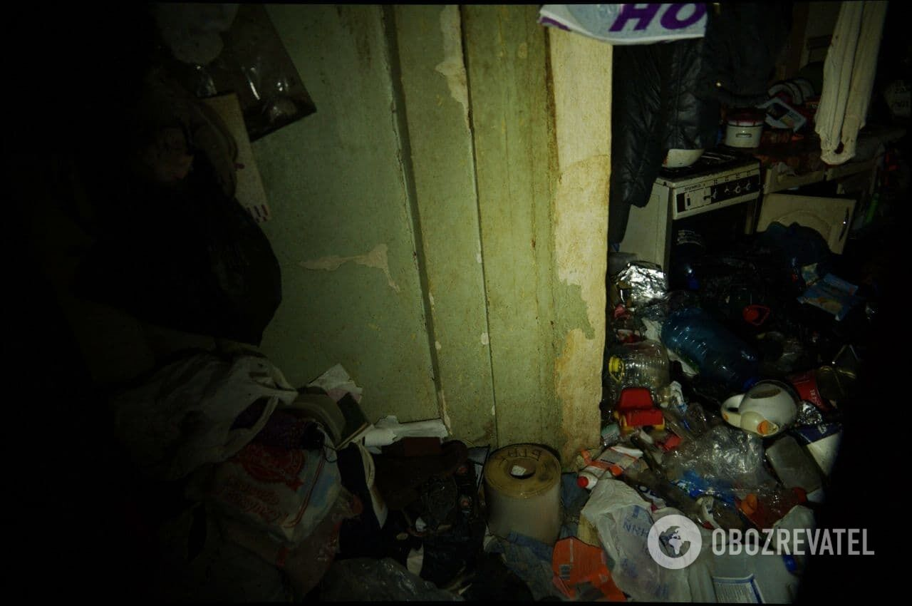 Соседи скандальной семьи в Харькове пожаловались на антисанитарию.