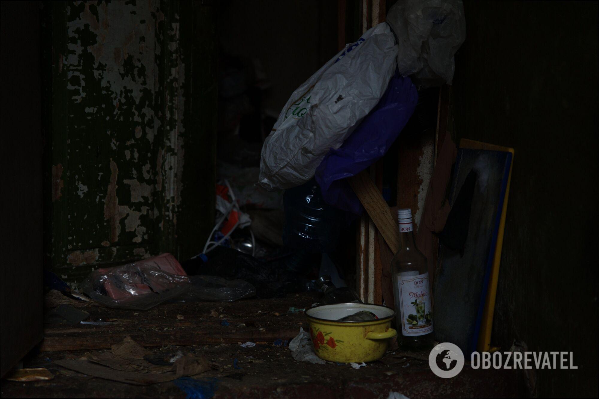 Соседка рассказала, что дети из квартиры-свалки в Харькове были голодными.