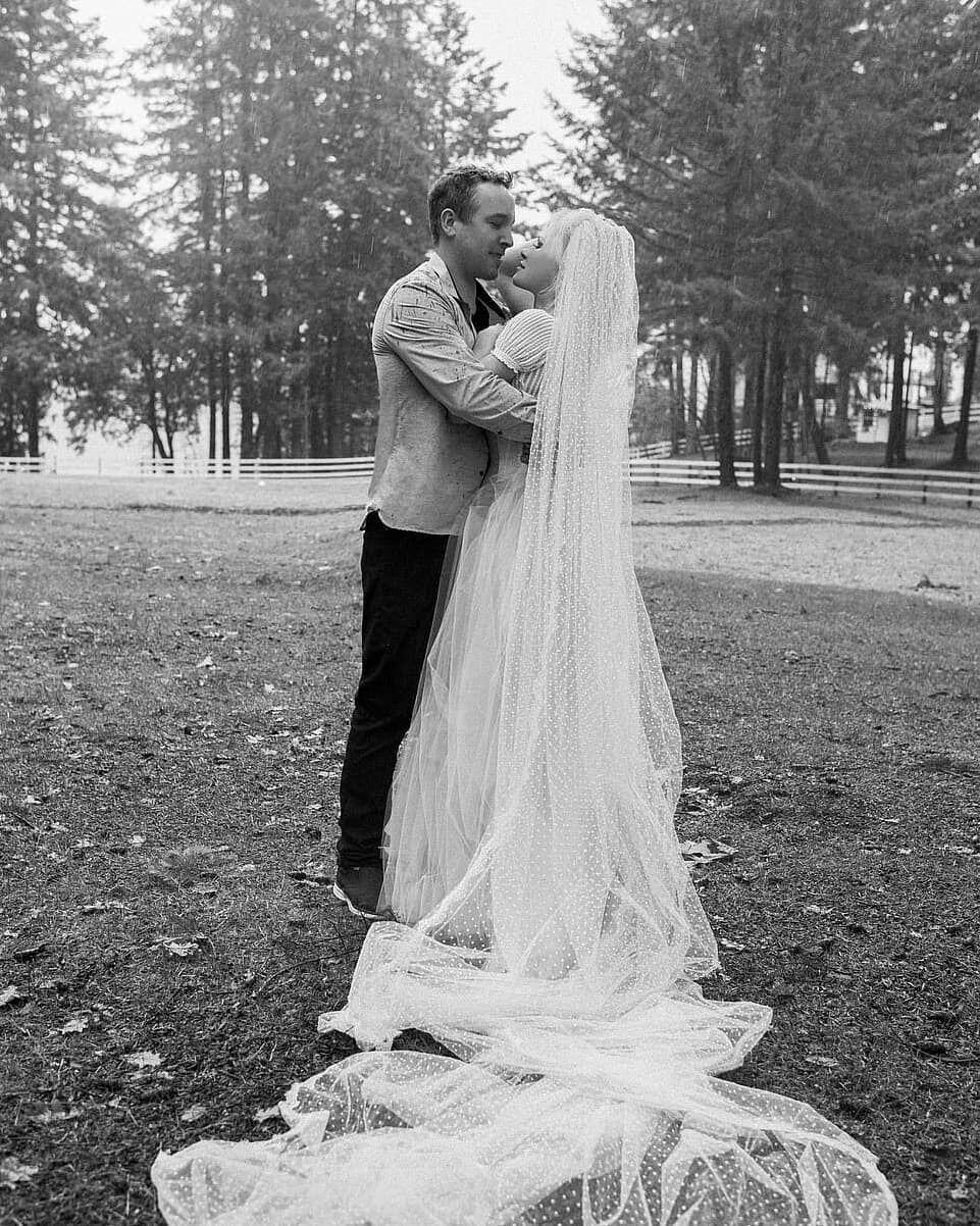 Свадьба Памелы Андерсон и Дэна Хейхерста