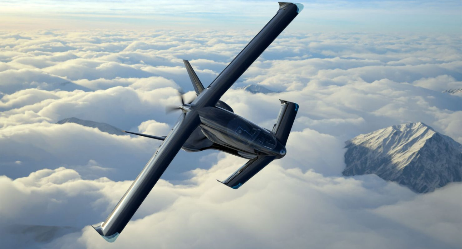 Максимальная скорость Cavorite X5 – 350 км/ч