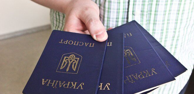 Сотні жителів окупованих територій залишилися без українських документів