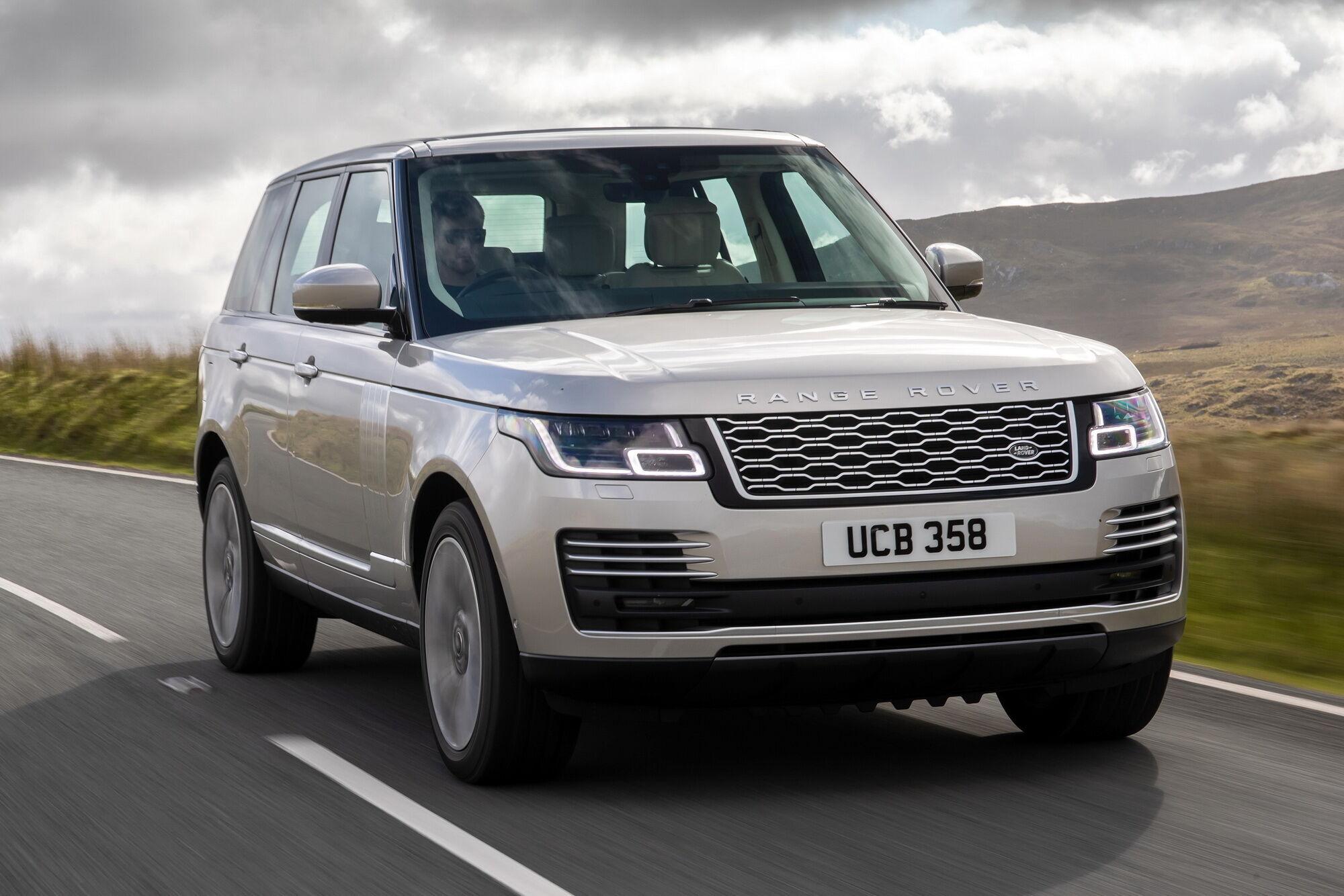 На втором месте рейтинга – внедорожник Range Rover