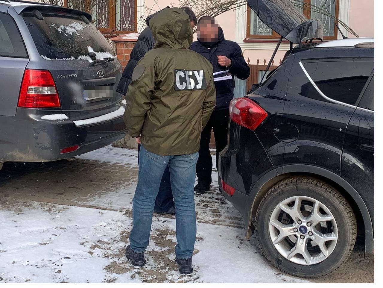 У Чернівецькій області затримали 11 осіб