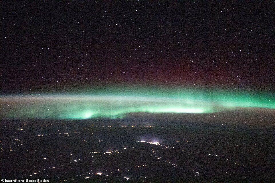 Еще один снимок, сделанный над Казахстаном
