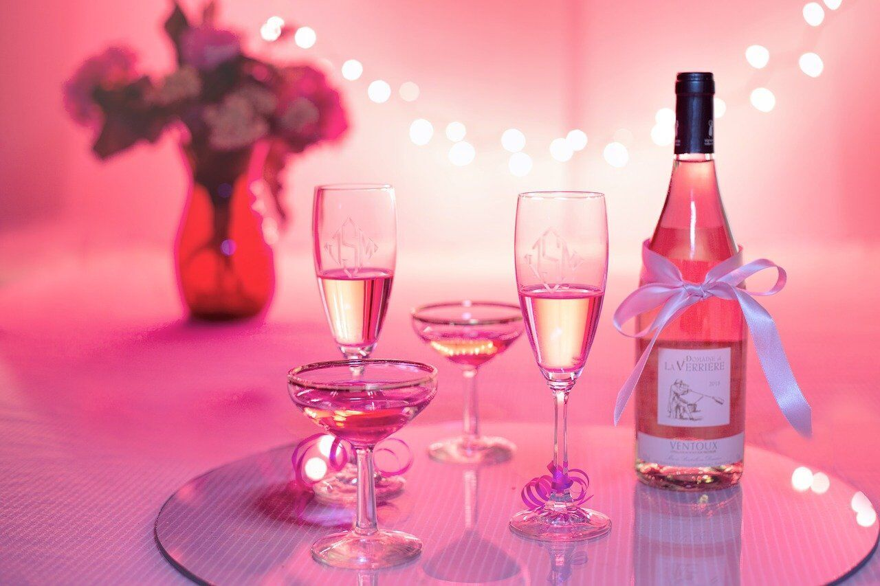 Романтичне побачення може бути гарним подарунком до Дня Валентина