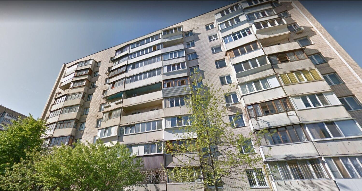 У цьому будинку розташовується квартира Тараса Тополі за даними реєстру