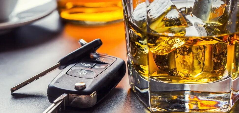 Авто Обоз напоминает – будьте ответственны и не садитесь за руль после бурно проведенных выходных