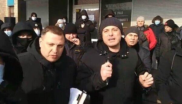 В Каменском состоялся митинг дворников