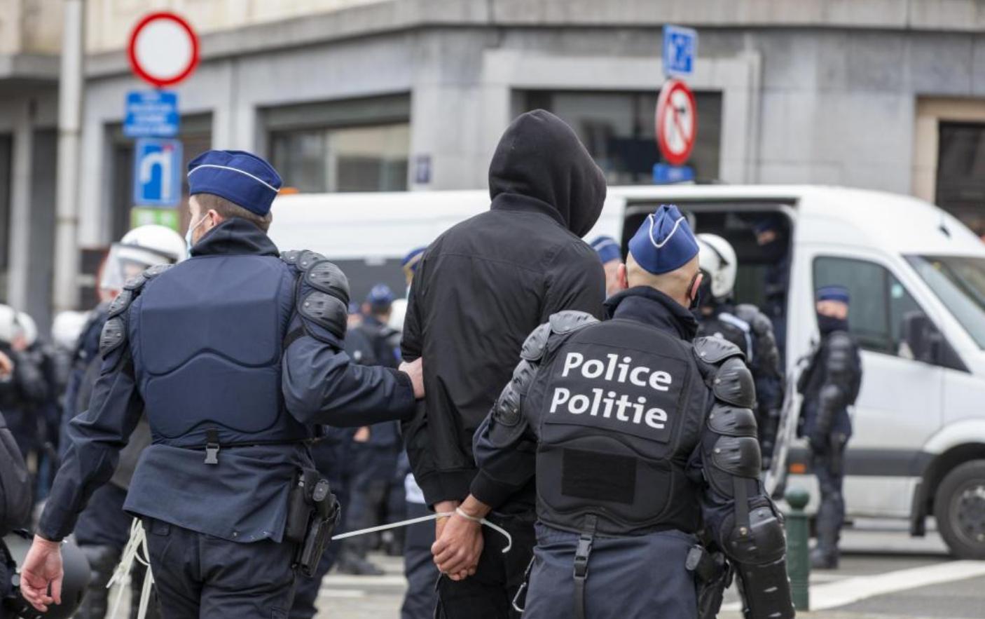 Среди арестованных в Бельгии было много футбольных фанатов