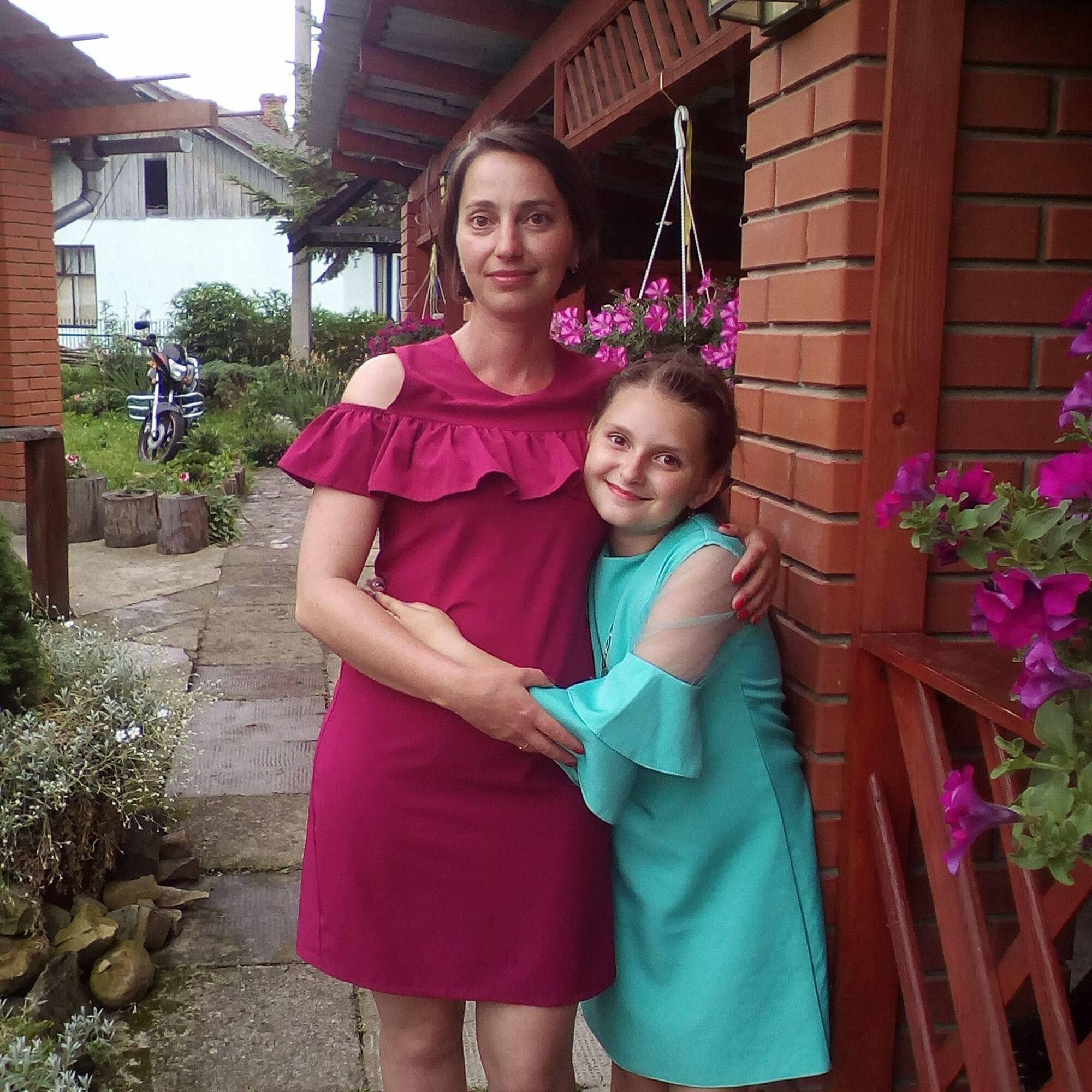 Софія з мамою