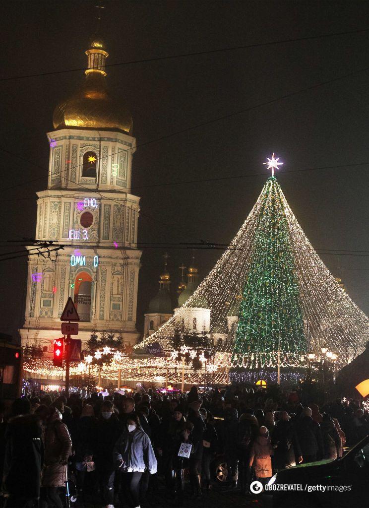 Украина отгуляла праздники без масок