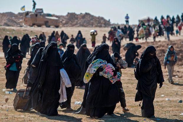Женщины в лагере Аль-Хол