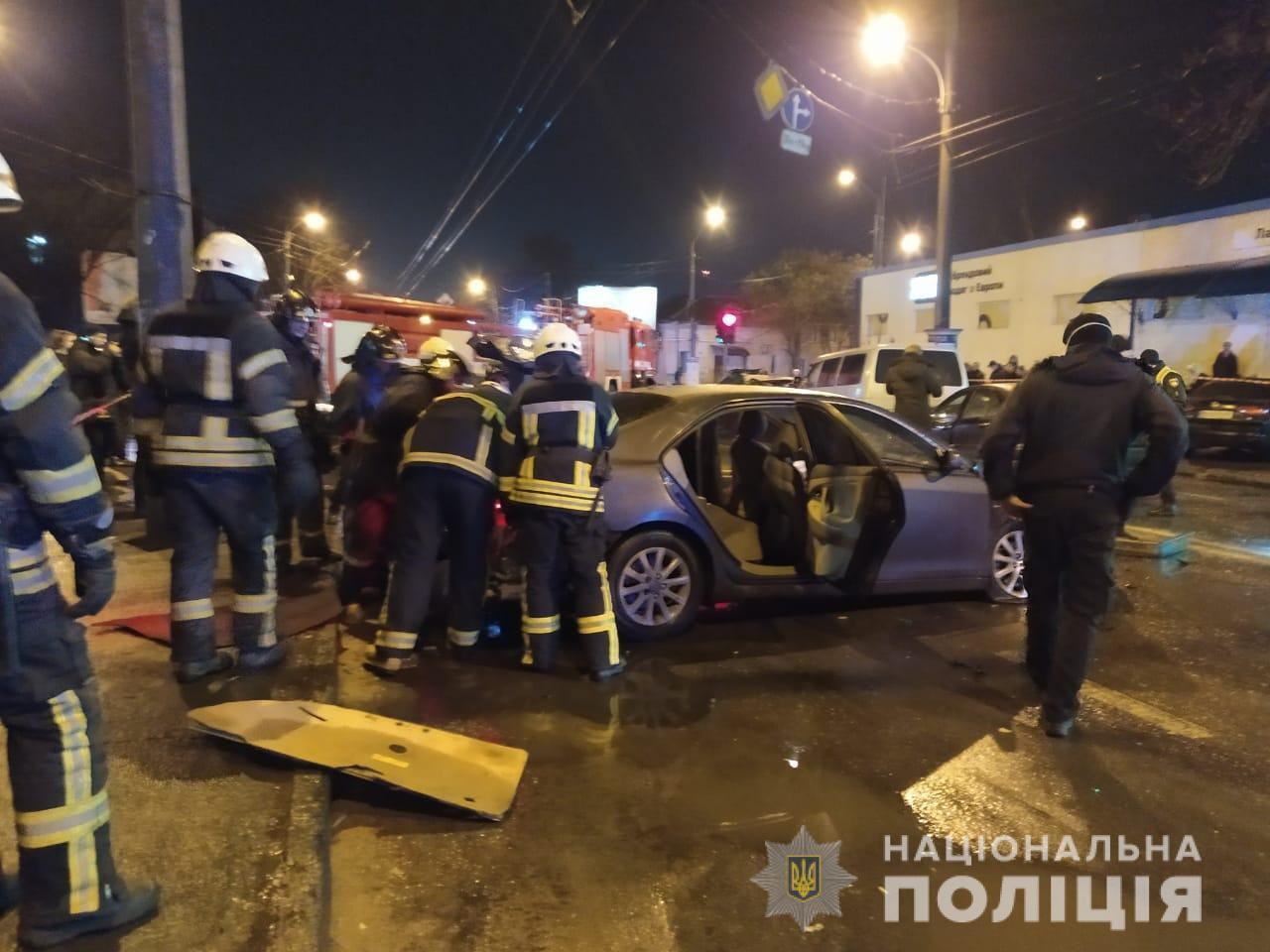 В ДТП столкнулись 5 авто