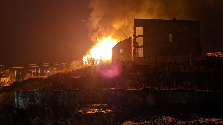 В Карпатах сгорел коттеджный отель для туристов