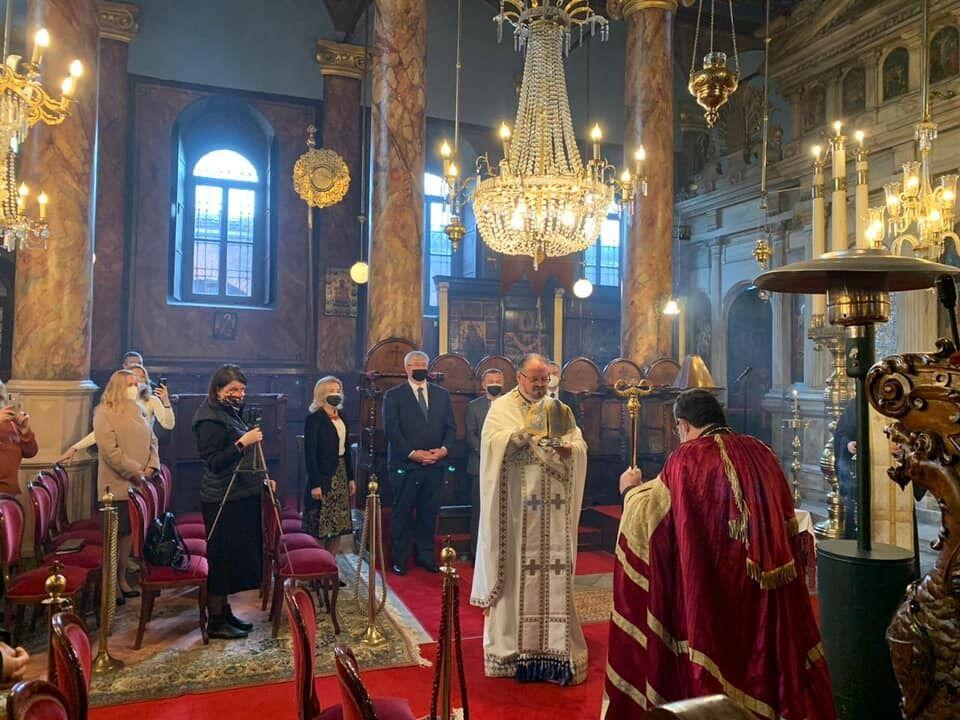 Богослужение в Храме Святого Николая Чудотворца