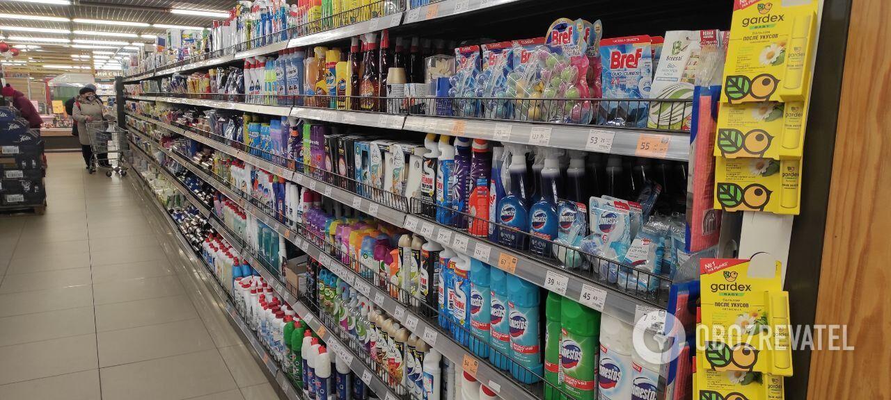 Деякі супермаркети не використали плівку