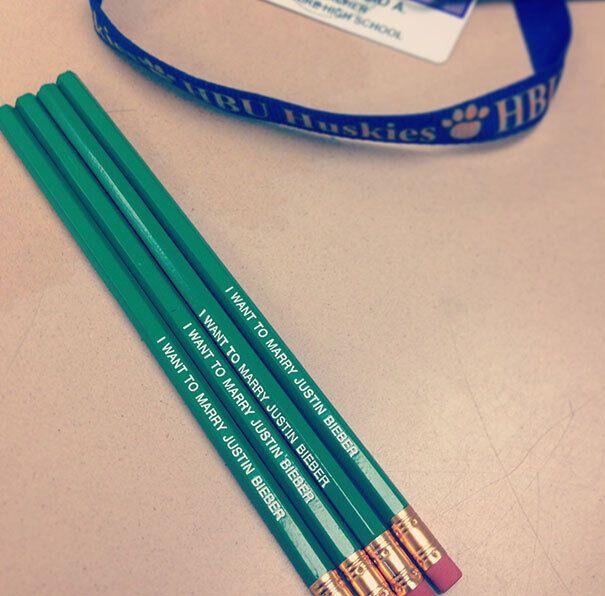 Чудовий спосіб мотивувати учнів повертати олівці