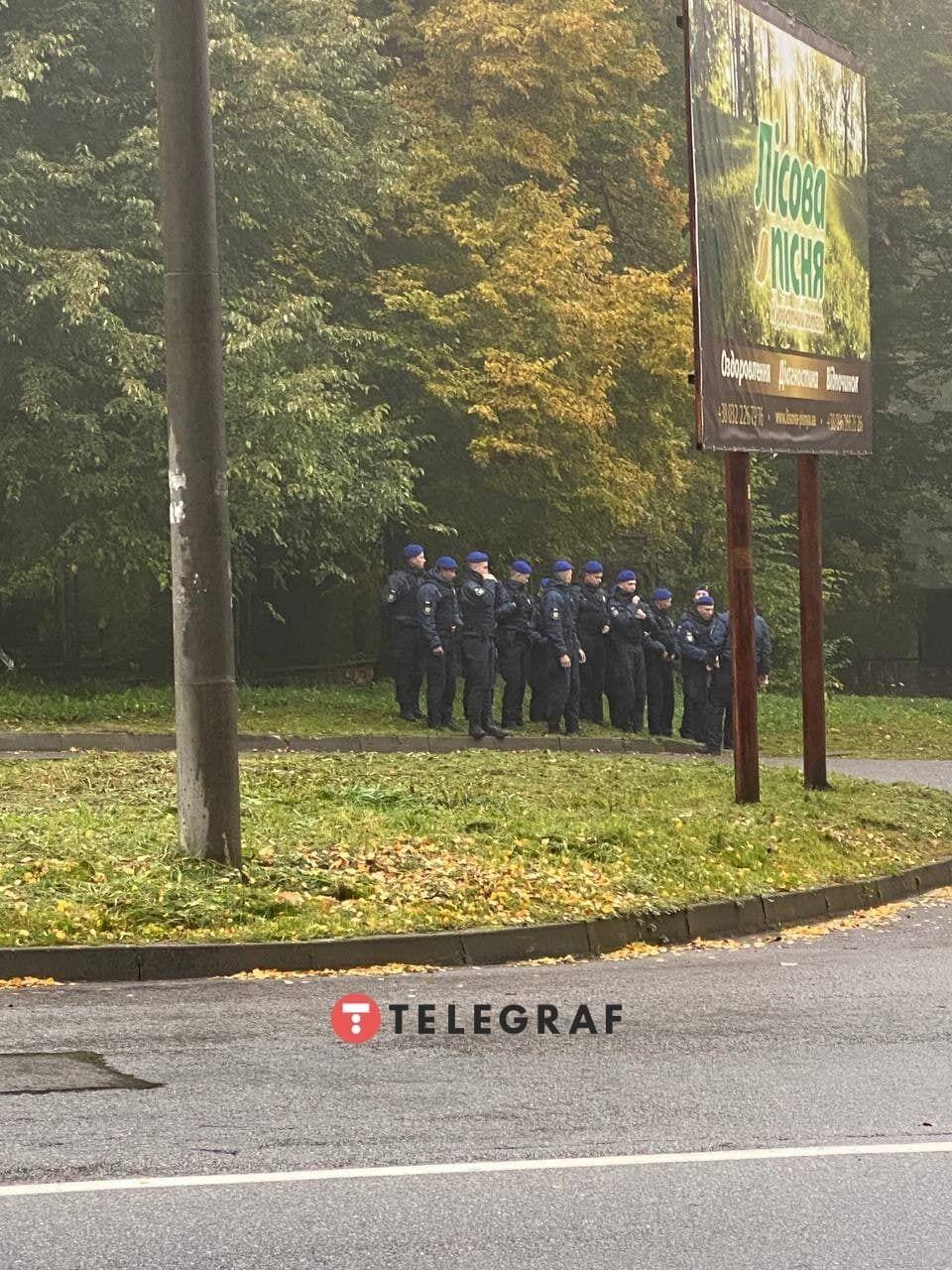 Біля готелю Rixos чергує багато поліції