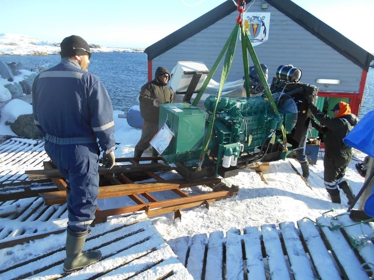 Для забезпечення енергією антарктичної станції придбано нові дизель-генератори VOLVO PENTA